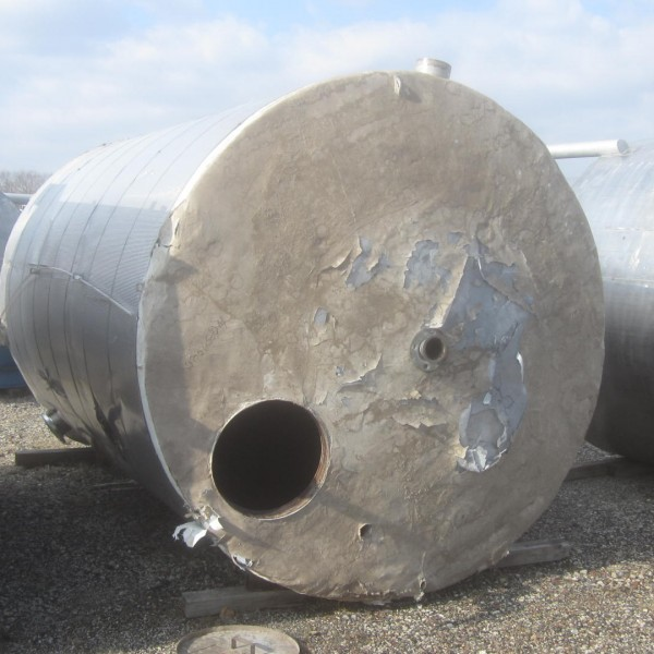 4,000 Gallon 304 Stainless Steel Vertical Tank, 7'5″ Dia. X 12′ Straight Side