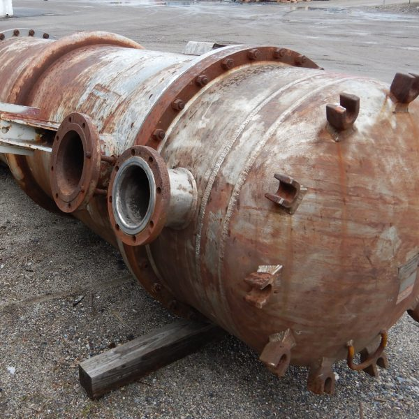 700 Sq. Foot Doyle & Roth Vertical Shell and Tube Heat Exchanger