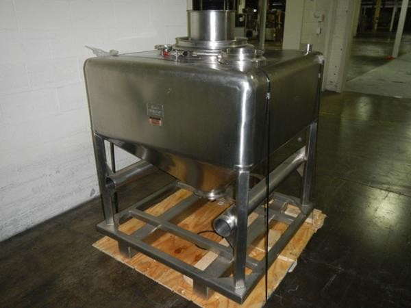 20 Cubic Foot B & G Stainless Steel Tote