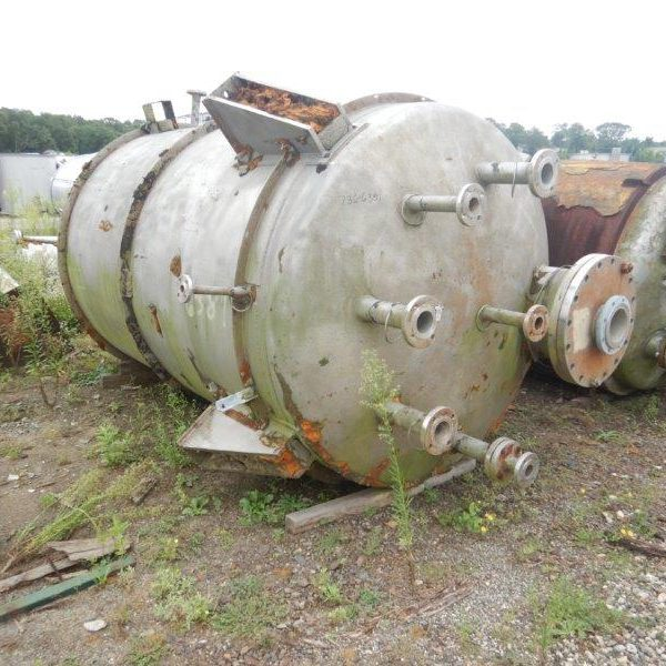2,000 Gallon 316L Stainless Steel Vertical Pressure Vessel, 3′ Dia. X 9′ Straight Side