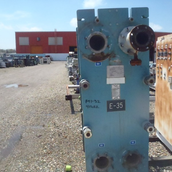 1688 Sq. Ft. APV Stainless Steel Plate Heat Exchanger