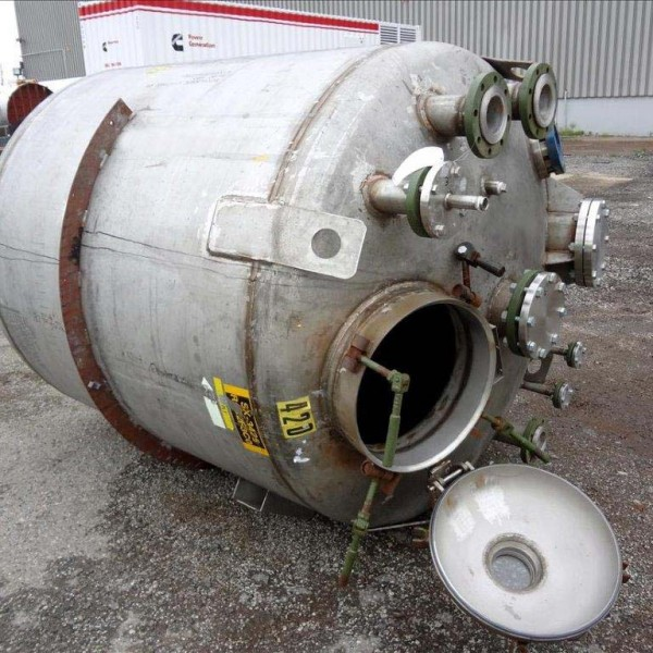 975 Gallon 316 Stainless Steel Vertical Tank, 5'6″ Dia. X 5′ Straight Side