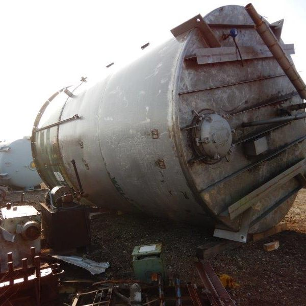 15,000 Gallon Stainless Steel Tank, 12′ Dia. X 13′ Straight Side