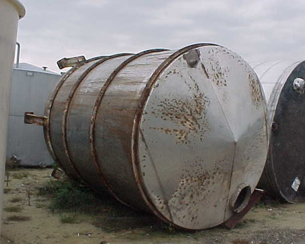 5,000 Gallon 304 Stainless Steel Vertical Tank, 9′ Dia. X 11′ Straight Side