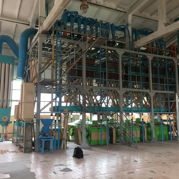 Used Flour Milling Line with the Capacity 65-70 Tones Per Day Equiped with 6 Roll Mills