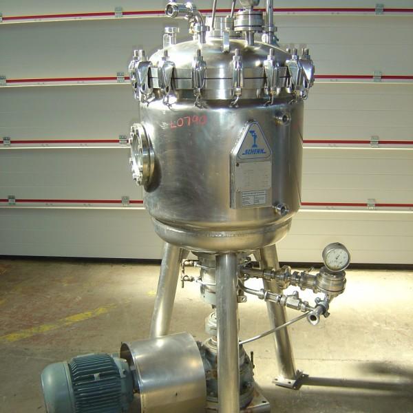 2.5 Sq. M., 25 Litre, Schenk Horizontal Leaf, Vertical Tank Pressure Leaf Filter