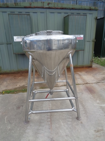 600 Litre 316 Stainless Steel Vessel, 1100mm Dia x 200mm Straight Side 950mm Cone