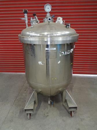 575 Litre Giusti Stainless Steel Vertical Vessel, 914mm Dia x 680mm Straight Side
