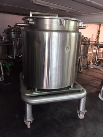 1,000 Litre Stainless Steel Vertical Vessel