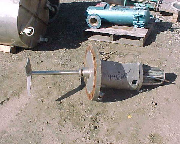 1 HP SJS-174 Lightnin Vertical Flange Mounted Agitator