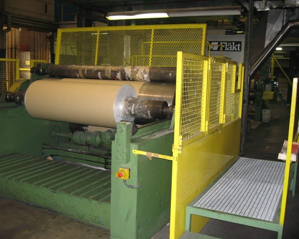 2.2M (7'2″) WIDE COLD GLUE LAMINATING LINE