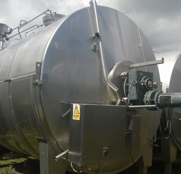 18,927 Litre 304 Stainless Steel Jacketed Horizontal Tank
