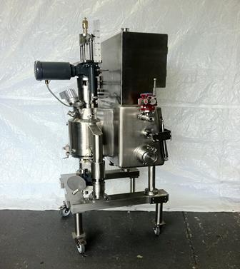 0.05 Sq. M. Model FD250 Hastelloy Filter/Dryer