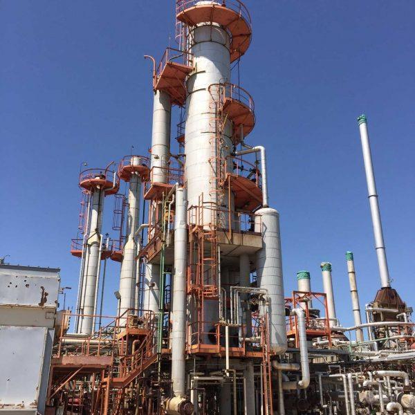 Oil Refinery, 8000 Barrels/Day