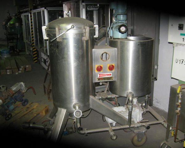4 Sq. M., 8000 Litre, Montanaro Verical Leaf, Vertical Tank Pressure Leaf Filter