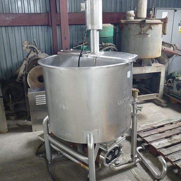 500 Liter Second Hand Stainless Steel Mixing Tank With Lobe Pump at Discharge