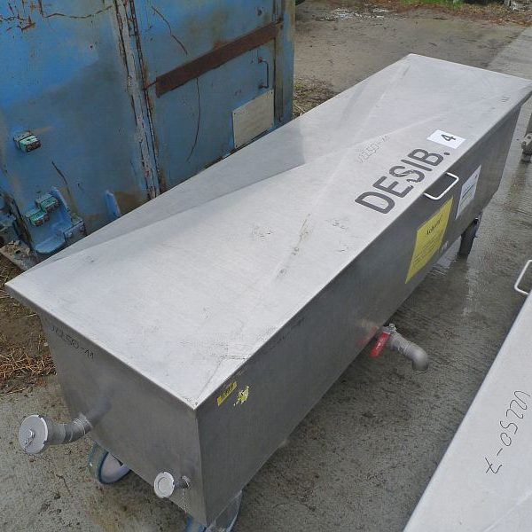 500 Liter Second Hand Mobile Rectangular Stainless Steel Storage Tank Volume 500mm W x 2000mm L x 500mm Depth