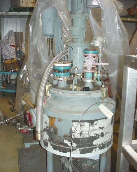 20 Gallon1 50 PSI Internal, 115 PSI Jacket Glass Lined Reactor