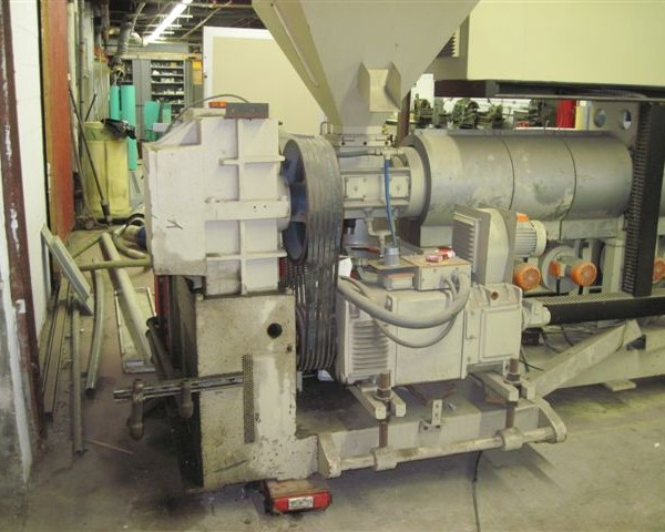 90mm Union Extrusion Spa. Single-Screw Extruder L/D 44:1 Non-Vented
