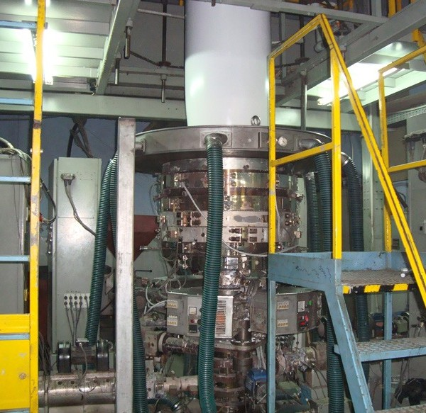 2.95″ Extruder, 500mm Die Barmag Type BF 4/5 5-Layer Co-extrusion Line